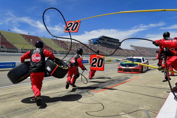 #20: Christopher Bell, Joe Gibbs Racing, Toyota Supra Rheem / RTP makes a pit stop