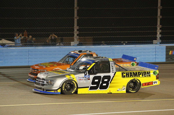 #98: Grant Enfinger, ThorSport Racing, Ford F-150 Champion/Curb Records, #21: Zane Smith, GMS Racing, Chevrolet Silverado MRC Construction