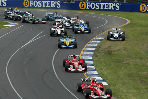 2004 Australian Grand Prix - Sunday Race, Albert Park, Melbourne. Australia. 7th March 2004First corner action. World Copyright: Steve Etherington/LAT Photographic ref: Digital Image Only