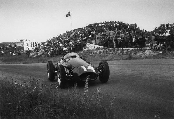 Zandvoort, Holland. 19th June 1955.Jean Behra (Maserati 250F), 7th position, action. World Copyright: LAT Photographic.Ref:  B/W Print.