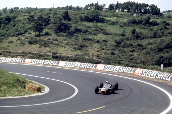 Charade, Clermont-Ferrand, France.25-27 June 1965.Jackie Stewart (BRM P261) 2nd position.Ref-65 FRA 06.World Copyright - LAT Photographic