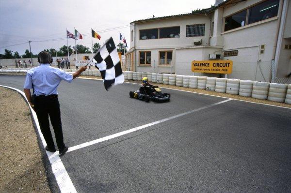 2000 European Karting Championship.Valance, France. 9th - 11th June 2000.Lewis Hamilton, 1st position, action.World Copyright: Chris Dixon/LAT Photographic.ref: 2K Karts A30