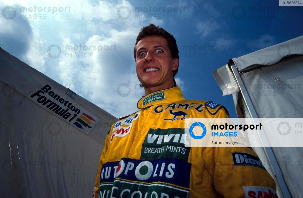 Michael Schumacher (GER) made a surprise switch from Jordan to Benetton for only his second Grand Prix, displacing Roberto Moreno (BRA). 