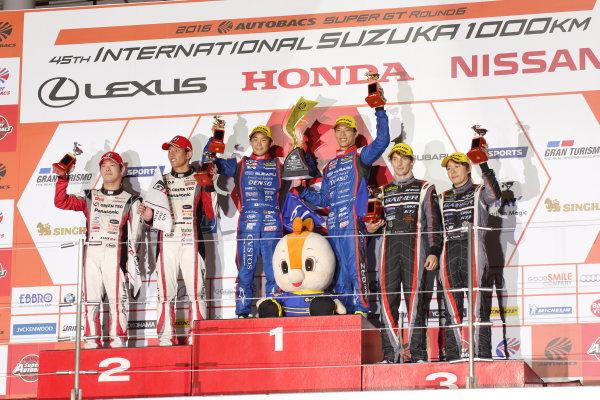 2016 Japanese Super GT Series. Suzuka, Japan. 27th - 28th August 2016. Rd 6. GT300 Winner Takuto Iguchi & Hideki Yamauch ( #61 SUBARU BRZ R&D SPORT ) 2nd position Koki Saga & Yuichi Nakayama ( #31  TOYOTA PRIUS apr GT ) 3rd position Andre Couto & Ryuichiro Tomita ( #0 GAINER TANAX GT-R ) podium portrait World Copyright : Yasushi Ishihara/LAT Photographic Ref : 2016SGT_Rd6_022