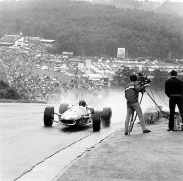 1966 Belgian Grand Prix.Spa-Francorchamps, Belgium. 12 June 1966.Dan Gurney, Eagle AAR101-Climax, not classified, action.World Copyright: LAT PhotographicRef: 34862