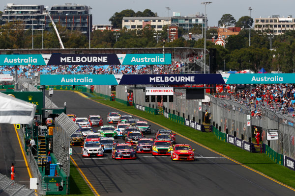 Australian Supercars Series Albert Park, Melbourne, Australia. Sunday 26 March 2017. Race 4. Fabian Coulthard, No.12 Ford Falcon FG-X, Shell V-Power Racing Team, and Jamie Whincup, No.88 Holden Commodore VF, Red Bull Holden Racing Team, lead the field away at the start. World Copyright: Zak Mauger/LAT Images ref: Digital Image _56I0144