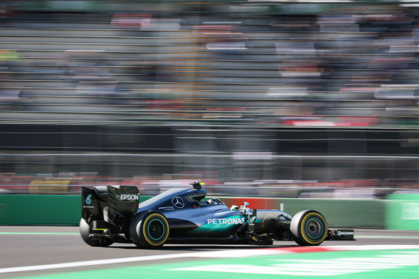 Nico Rosberg (GER) Mercedes-Benz F1 W07 Hybrid at Formula One World Championship, Rd19, Mexican Grand Prix, Qualifying, Circuit Hermanos Rodriguez, Mexico City, Mexico, Saturday 29 October 2016.