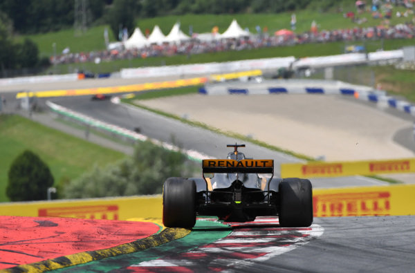 Nico Hulkenberg (GER) Renault Sport F1 Team RS17 at Formula One World Championship, Rd9, Austrian Grand Prix, Race, Spielberg, Austria, Sunday 9 July 2017.
