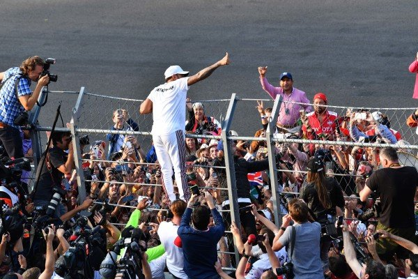 Lewis Hamilton, Mercedes AMG F1 celebrates with the fans