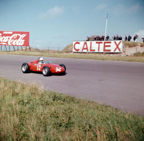 Zandvoort, Holland.21-23 May 1963.Count Carel Godin de Beaufort (Porsche 718) 9th position.Ref-3/0961H.World Copyright - LAT Photographic