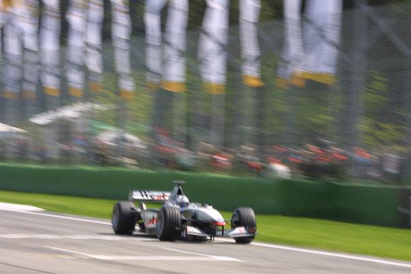 2001 San Marino Grand Prix.Imola, Italy. 13-15 April 2001.David Coulthard (McLaren MP4/16 Mercedes) 2nd position.World Copyright - LAT Photographicref: 8 9 MB Digital