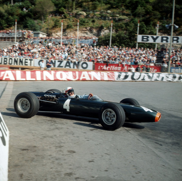 Monte Carlo, Monaco.28-30 May 1965.Jackie Stewart (BRM P261) 3rd position.Ref-3/2096.World Copyright - LAT Photographic