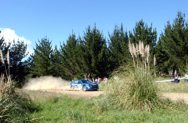 2002 World Rally Championship.Propecia Rally of New Zealand, Auckland, October 3rd-6th.Tommi Makinen on stage 21.Photo: Ralph Hardwick/LAT