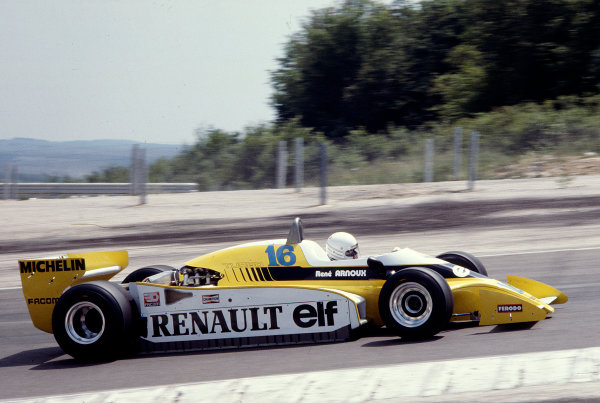 1979 French Grand Prix.Dijon-Prenois, France.29/6-1/7 1979.Rene Arnoux (Renault RS10) 3rd position.Ref-79 FRA 36.World Copyright - LAT Photographic