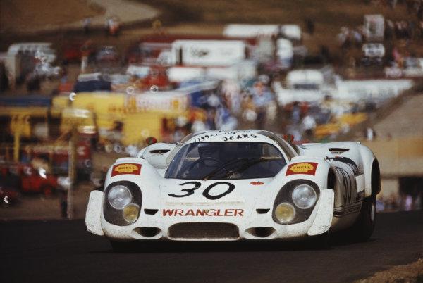Richard Attwood / Brian Redman, David Piper Racing Ltd, Porsche 917 010.