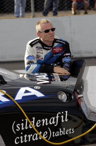 2002 NASCAR,New Hampshire Intl. Speedway,Sept 13-15, 2002 NASCAR, Loudon,NH . USA -Mark Martin,Copyright-Robt LeSieur2002LAT Photographic