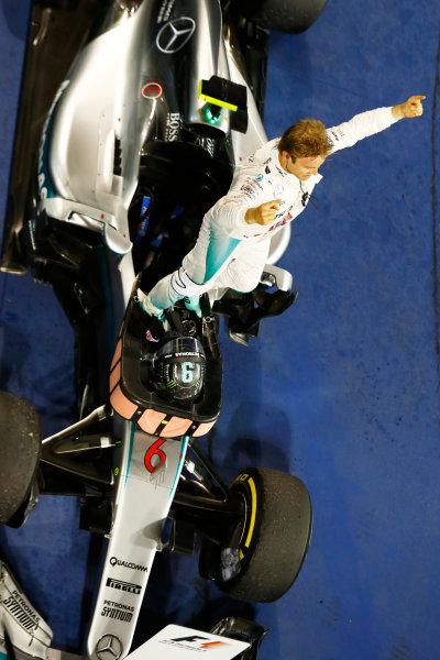 Bahrain International Circuit, Sakhir, Bahrain. Sunday 03 April 2016. Nico Rosberg, Mercedes F1 W07 Hybrid celebrates after winning the race. World Copyright: Steven Tee/LAT Photographic ref: Digital Image _H7I1804