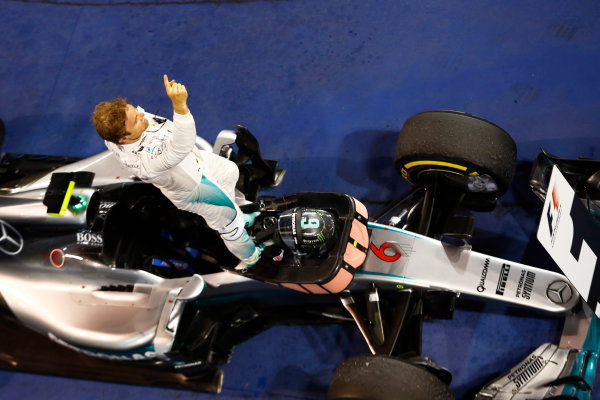 Bahrain International Circuit, Sakhir, Bahrain. Sunday 03 April 2016. Nico Rosberg, Mercedes F1 W07 Hybrid celebrates after winning the race. World Copyright: Steven Tee/LAT Photographic ref: Digital Image _H7I1821