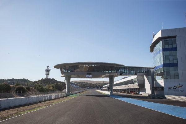 2017 FIA Formula 2 Round 10. Circuito de Jerez, Jerez, Spain. Thursday 5 October 2017. Main straight. Photo: Andrew Ferraro/FIA Formula 2. ref: Digital Image _FER8159