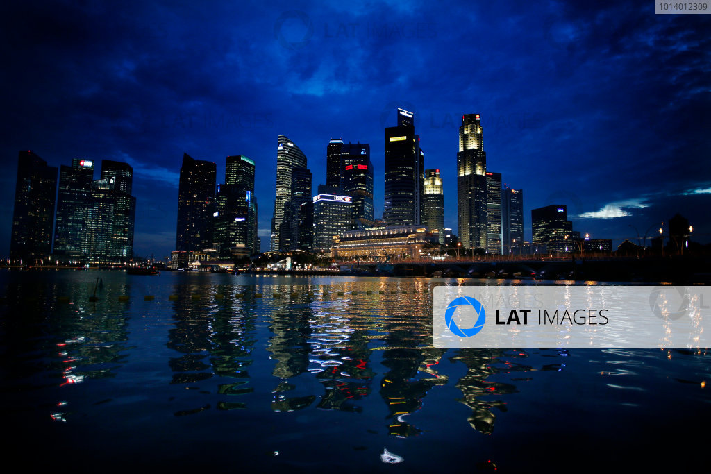 Marina Bay Circuit, Singapore. 18th September 2013. The cityscape of Singapore. World Copyright: Steven Tee/LAT Photographic. ref: Digital Image _14P2497