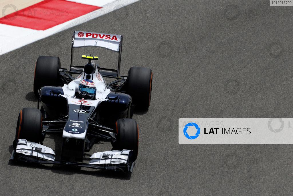 Bahrain International Circuit, Sakhir, Bahrain Friday 19th April 2013 Valtteri Bottas, Williams FW35 Renault.  World Copyright: Charles Coates/LAT Photographic ref: Digital Image _N7T0382