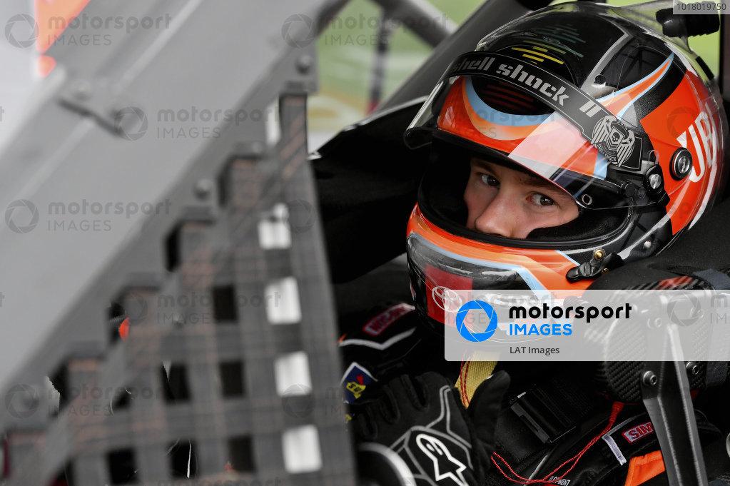 #4: Raphael Lessard, Kyle Busch Motorsports, Toyota Tundra JBL
