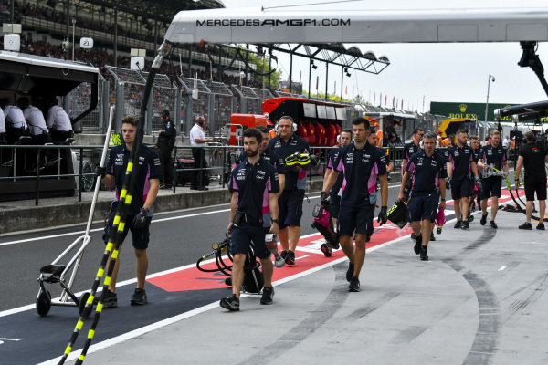 Racing Point mechanics in the pit lane