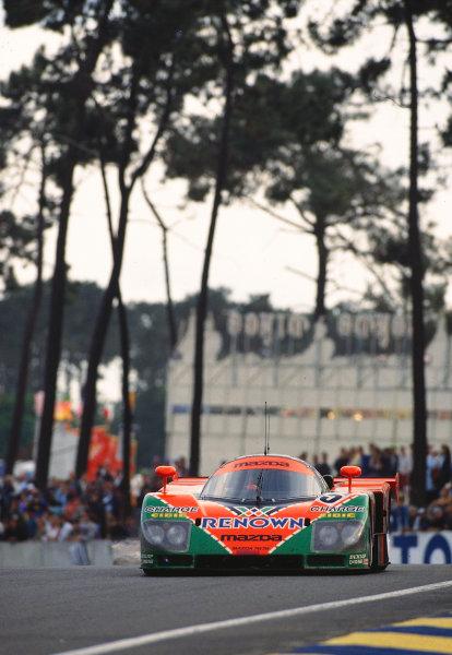 Le Mans, France. 22 - 23 June 1991. Volker Weidler/Johnny Herbert/Bertrand Gachot (Mazda 787B), 1st position, action. World Copyright: LAT Photographic
