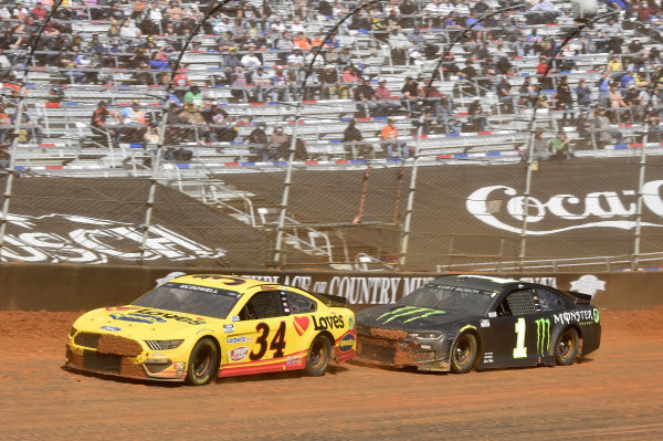 #34: Michael McDowell, Front Row Motorsports, Ford Mustang Love's Travel Stops, #1: Kurt Busch, Chip Ganassi Racing, Chevrolet Camaro Monster Energy