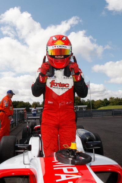 2014 British F3 International Series, Thruxton, England. 16-17 August 2014. Hongwei Cao (CHN) Fortec Motorsports Dallara Mercedes. World Copyright: Ebrey / LAT Photographic.