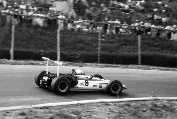 1968 Canadian Grand Prix.St Jovite, Canada. 22 September 1968.John Surtees, Honda RA301, retired, action.World Copyright: LAT PhotographicRef: Motor b&w print