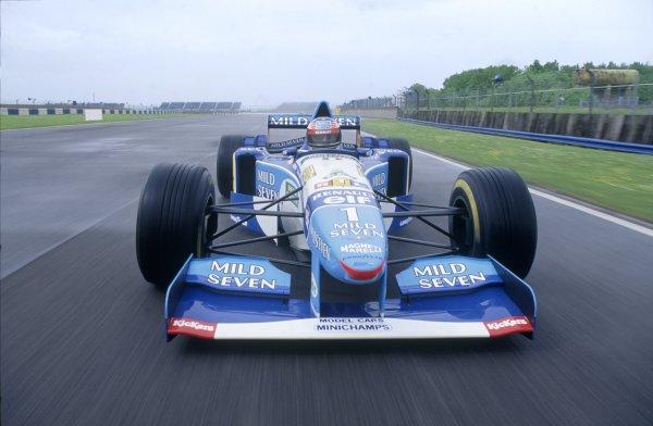 1995 F1 World Championship.Michael Schumacher, Benetton B195-Renault.World Copyright: LAT Photographic