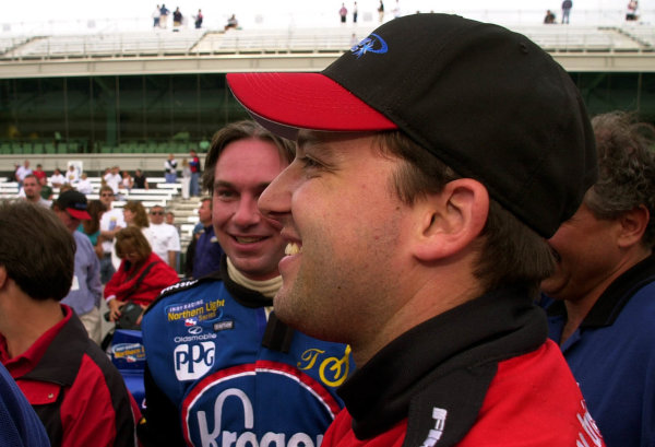 Car owner Tony Stewart is all smiles after his driver, Jeret Schroeder (blue uniform) made the field in the final minutes of qualifying.84th. Indianapolis 500, Indy Racing Northern Light Series, Indianapolis Motor Speedway, Speedway Indiana,USA 28 May,2000 -F Peirce Williams 2000 LAT PHOTOGRAPHIC