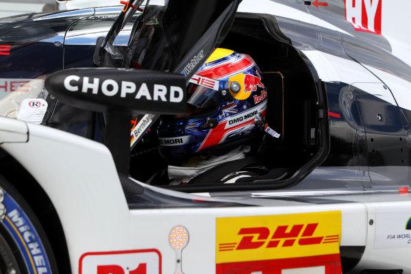 2015 FIA World Endurance Championship, Nurburgring, Germany. 28th - 30th August 2015. Mark Webber Porsche Team Porsche 919 Hybrid. World Copyright: Ebrey / LAT Photographic.