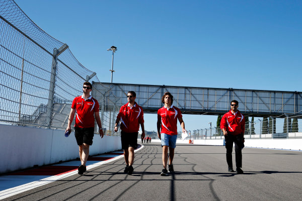 Sochi Autodrom, Sochi, Russia. Thursday 8 October 2015. Roberto Merhi, Manor F1, walks the track with his engineers. World Copyright: Steven Tee/LAT Photographic ref: Digital Image _L4R2650