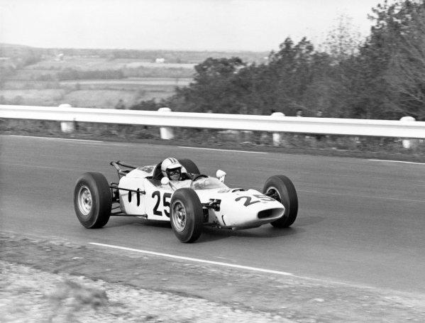 1964 United States Grand Prix.Watkins Glen, United States. 4 October 1964.Ronnie Bucknum, Honda RA271, retired, action.World Copyright: LAT PhotographicRef: Autosport b&w print