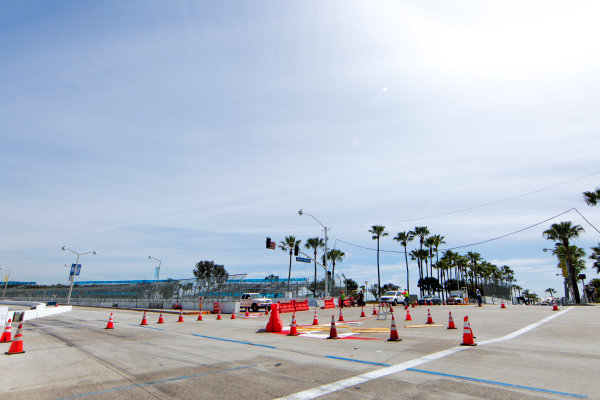 2014/2015 FIA Formula E Championship. Long Beach ePrix, Long Beach, California, United States of America. Friday 3 April 2015 View of the turn one chicane. Photo: Zak Mauger/LAT/Formula E ref: Digital Image _MG_5200