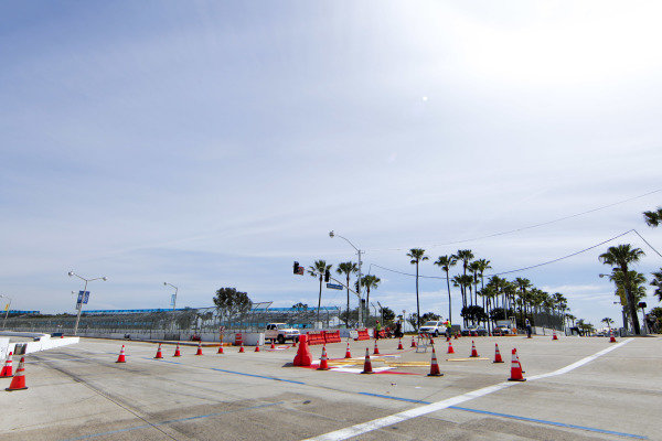 2014/2015 FIA Formula E Championship. Long Beach ePrix, Long Beach, California, United States of America. Friday 3 April 2015 View of the turn one chicane. Photo: Zak Mauger/LAT/Formula E ref: Digital Image _MG_5200