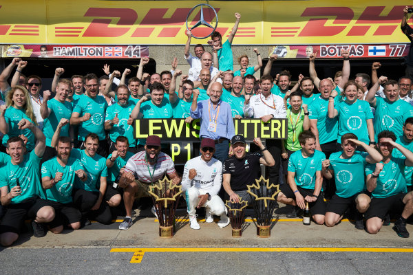 Circuit Gilles Villeneuve, Montreal, Canada. Sunday 11 June 2017. Lewis Hamilton, Mercedes AMG, 1st Position, Valtteri Bottas, Mercedes AMG, 2nd Position, and the Mercedes team celebrate victory. World Copyright: Steve Etherington/LAT Images ref: Digital Imagee SNE18661