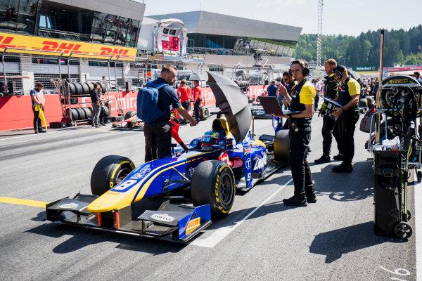 2017 FIA Formula 2 Round 5. Red Bull Ring, Spielberg, Austria. Sunday 9 July 2017. Oliver Rowland (GBR, DAMS).  Photo: Zak Mauger/FIA Formula 2. ref: Digital Image _56I4200