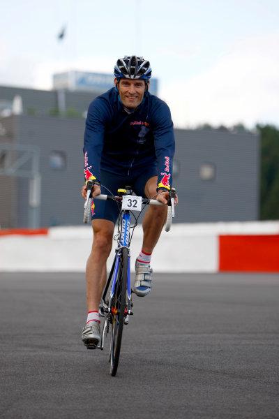 Spa Francorchamps, Spa, Belgium.4th September 2008.Mark Webber, Red Bull Racing RB4 Renault on a bike. Portrait.World Copyright: Andrew Ferraro/LAT Photographicref: Digital Image _H0Y3665