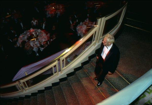 1997 Autosport Awards.Grosvenor House Hotel, Park Lane, London, Great Britain. 7 December 1997.Jacques Villeneuve arrives in the Great Room.World Copyright: LAT PhotographicRef: 35mm transparency