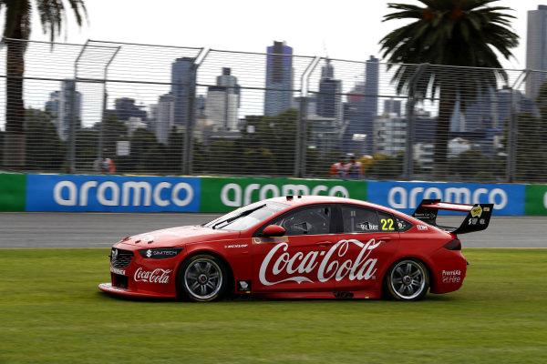 Chris Pither, Team Sydney Holden runs wide