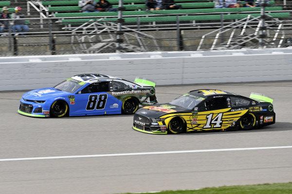 #88: Alex Bowman, Hendrick Motorsports, Chevrolet Camaro Nationwide, #14: Clint Bowyer, Stewart-Haas Racing, Ford Mustang DEKALB