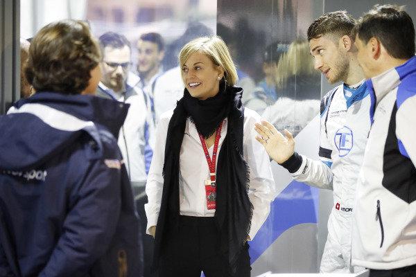 Susie Wolff, Team Principal, Venturi Formula E, and Edoardo Mortara (CHE) Venturi Formula E, in the garage