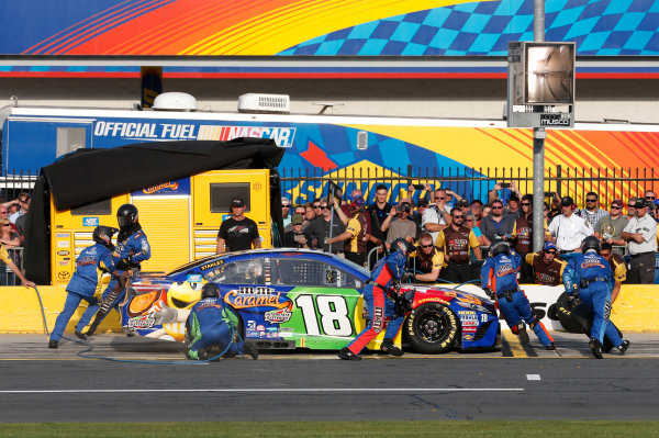 Monster Energy NASCAR Cup Series Monster Energy NASCAR All-Star Race Charlotte Motor Speedway, Concord, NC USA Friday 19 May 2017 Kyle Busch, Joe Gibbs Racing, M&M's Caramel Toyota Camry World Copyright: Matthew T. Thacker LAT Images ref: Digital Image 17CLT1mt1387