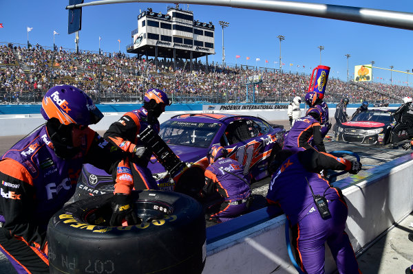 2017 Monster Energy NASCAR Cup Series Camping World 500 Phoenix International Raceway, Avondale, AZ USA Sunday 19 March 2017 Denny Hamlin, FedEx Freight Toyota Camry World Copyright: Rusty Jarrett/LAT Images ref: Digital Image 17PHX1rj_3062