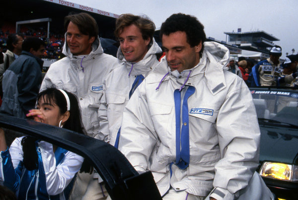 R-L: Roland Ratzenberger (AUT) / Eddie Irvine (GBR) / Eje Elgh (SWE) / TOM's / Kitz Racing with SARD Toyota, on the drivers parade. Sportscar World Championship, Rd3, 24 Hours of Le Mans, Le Mans, France, 20-21 June 1992.