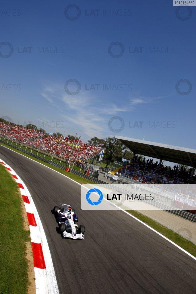 2007 Italian Grand PrixAutodromo di Monza, Monza, Italy.7th - 9th September 2007.Nick Heidfeld, BMW Sauber F1 07 in action at the Parabolica.World Copyright: Lorenzo Bellanca/LAT Photographicref: Digital Image _64I6896