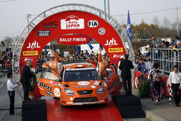 2007 FIA World Rally Champs. Round 14Rally Japan, 25th - 28th October 2007Henning Solberg, Ford, podiumWorld Copyright: McKlein/LAT